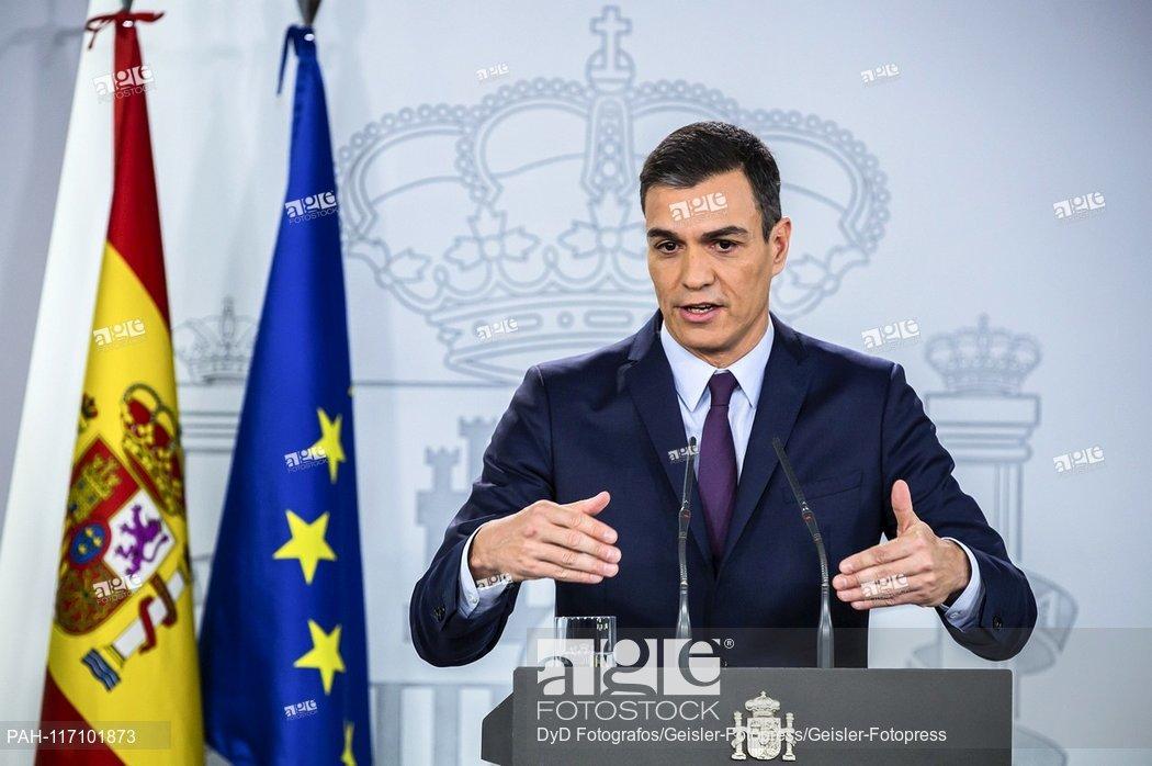 El presidente del gobierno español, Pedro Sánchez, anuncia en rueda de prensa que convoca elecciones generales para el domingo 28 de abril de 2019