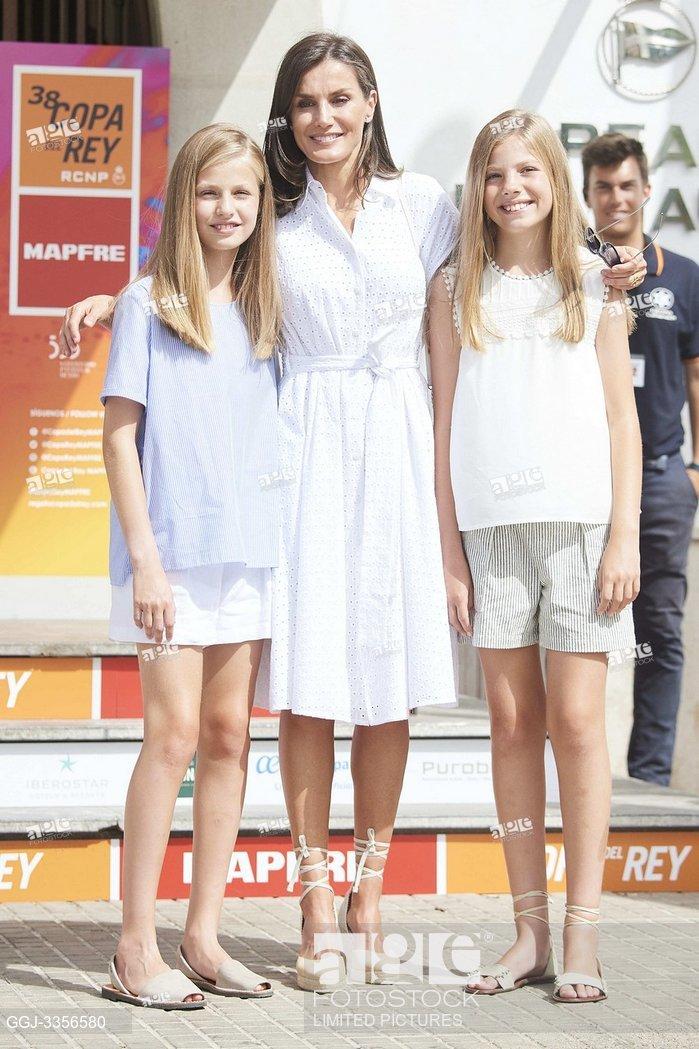 Reina Letizia, princesa Leonor, infanta Sofía, Real Club Náutico de Palma durante la 38 edición de la Copa del Rey de vela