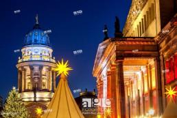 Germany, Berlin, Christmas atmosphere and sales stands at Gendarmenmarkt