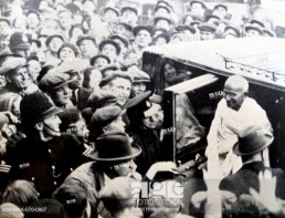 Mohandas Karamchand Gandhi (1869 – 1948), attends the Round Table Conference in London1931
